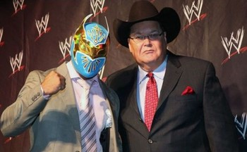 Sin-cara-press-event-in-maxico-500x308_display_image