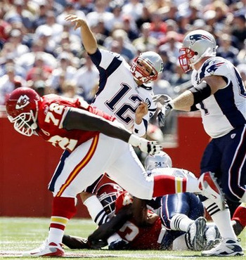 091008_tom_brady_injury_display_image