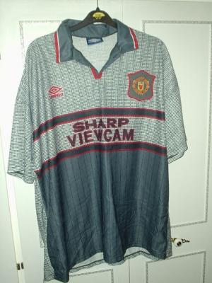Manu1995away_display_image