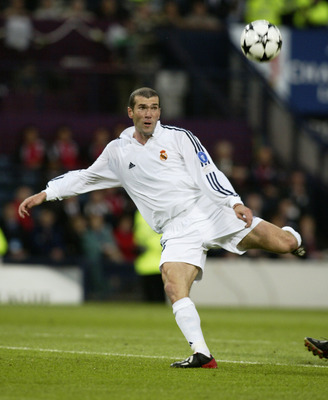 Zinedine Zidane shapes up to score one of the greatest Champions League goals of all time