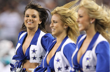 ARLINGTON, TX - SEPTEMBER 02:  A Dallas Cowboys cheerleader performs during a preseason game at Cowboys Stadium on September 2, 2010 in Arlington, Texas.  (Photo by Ronald Martinez/Getty Images)