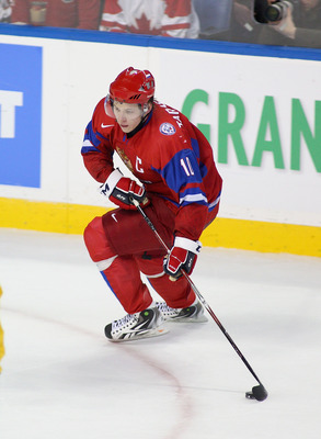 BUFFALO, NY - JANUARY 03: Vladimir Tarasenko #10  of Russia skates against  Sweden during the 2011 IIHF World U20 Championship Semi Final game between Sweden and Russia on January 3, 2011 in Buffalo, New York. Russia won 4-3 and faces Canada in the gold m