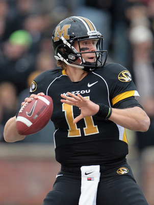 COLUMBIA, MO - NOVEMBER 13:  Quarterback Blaine Gabbert #11 of the Missouri Tigers passes during the game against the Kansas State Wildcats on November 13, 2010 at Faurot Field/Memorial Stadium in Columbia, Missouri.  (Photo by Jamie Squire/Getty Images)