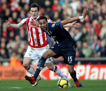 STOKE ON TRENT, ENGLAND - FEBRUARY 06:  Steven N'Zonzi of Blackburn Rovers holds off a challenge from Dean Whitehead of Stoke City during the Barclays Premier League match between Stoke City and Blackburn Rovers at Britannia Stadium on February 6, 2010 in
