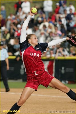 Jennie-finch-pitching_display_image