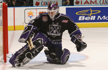 TORONTO - DECEMBER 18:  Goaltender Felix Potvin #39 of the Los Angeles Kings makes a save against the Toronto Maple Leafs during the game on December 18, 2001 at Air Canada Centre in Toronto, Ontario, Canada . The Kings won 3-1.  (Photo by Dave Sandford/G