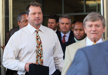 WASHINGTON - AUGUST 30:  Baseball pitching star Roger Clemens (L) walks out of the U.S. District Court after his arraignment, on August 30, 2010 in Washington, DC. Clemens who plead not-guilty was charged with making false statements, perjury and obstruct