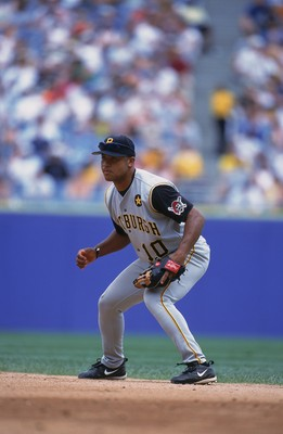 8 Jul 2001:  Abraham Nunez #10 of the Pittsburgh Pirates waiting for the ball during the game against the Chicago White Sox at Comiskey Park in Chicago, Illinois. The White Sox defeated the Pirates 9-2.Mandatory Credit: Jonathan Daniel  /Allsport