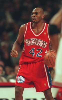 2 Nov 1996:  Jerry Stackhouse of the Philadelphia 76ers during their 115-86 loss to the Chicago Bulls at United Center in Chicago, Illinois. Mandatory Credit: Jonathan Daniel/Allsport