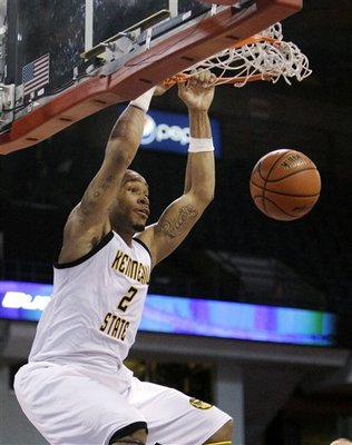 http://cdn.bleacherreport.net/images_root/slides/photos/000/884/053/28829_Kennesaw_St_Mississippi_Valley_St_Basketball_display_image.jpg?1303557801