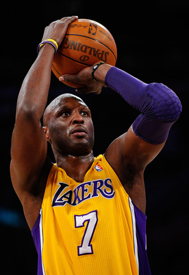 LOS ANGELES, CA - APRIL 20:  Lamar Odom #7 of the Los Angeles Lakers shoots a free throw while taking on the New Orleans Hornets in Game Two of the Western Conference Quarterfinals in the 2011 NBA Playoffs on April 20, 2011 at Staples Center in Los Angele