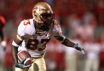 RALEIGH, NC - OCTOBER 28:  Bert Reed #83 of the Florida State Seminoles against the North Carolina State Wolfpack during their game at Carter-Finley Stadium on October 28, 2010 in Raleigh, North Carolina.  (Photo by Streeter Lecka/Getty Images)