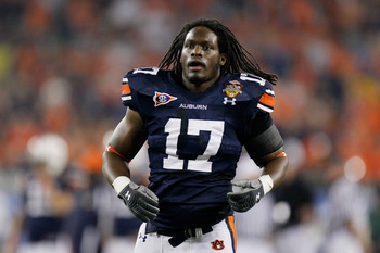 GLENDALE, AZ - JANUARY 10:  Josh Bynes #17 of the Auburn Tigers looks on against the Oregon Ducks during the Tostitos BCS National Championship Game at University of Phoenix Stadium on January 10, 2011 in Glendale, Arizona.  (Photo by Kevin C. Cox/Getty I
