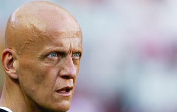 LISBON, PORTUGAL - JUNE 4:  Referee Pierluigi Collina watches the 2006 World Cup, Group 3 qualification match between Portugal and Slovakia at the Estadio da Luz on June 4, 2005 in Lisbon, Portugal. (Photo by Jamie McDonald/Getty Images)