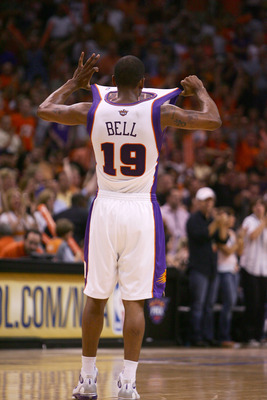PHOENIX - MAY 6:  Raja Bell #19 of the Phoenix Suns cools himself in Game 7 of the Western Conference Quarterfinals against the Los Angeles Lakers during the 2006 NBA Playoffs at the US Airways Center on May 6, 2006 in Phoenix, Arizona.  The Lakers lost 1