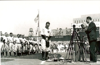 Lougehrig_display_image