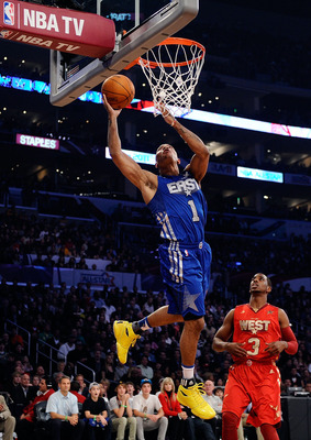 LOS ANGELES, CA - FEBRUARY 20:  Derrick Rose #1 of the Chicago Bulls and the Eastern Conference goes up for a layup in the first half in the 2011 NBA All-Star Game at Staples Center on February 20, 2011 in Los Angeles, California. NOTE TO USER: User expre
