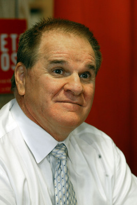 NEW YORK - JANUARY 9: Controversial former baseball great Pete Rose attends a signing for his autobiography 'My Prison Without Bars' January 9, 2004 in New York City. In the newly-released book, Rose admitted to gambling on the Cincinnati Reds while he ma