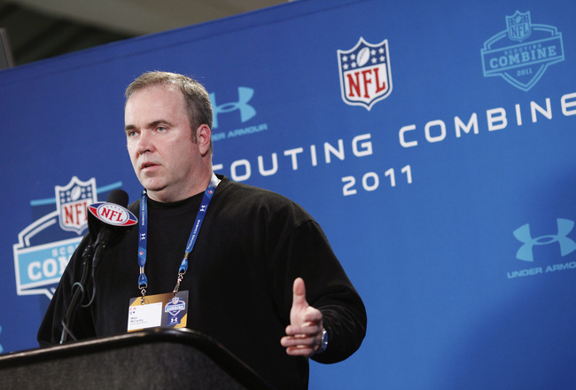 INDIANAPOLIS, IN - FEBRUARY 25: Green Bay Packers head coach Mike McCarthy answers questions during a media session at the 2011 NFL Scouting Combine at Lucas Oil Stadium on February 25, 2011 in Indianapolis, Indiana. (Photo by Joe Robbins/Getty Images)