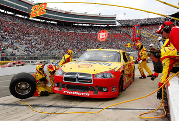 BRISTOL, TN - MARCH 20: Kurt Busch, driver of the #22 Shell/Pennzoil Dodge, pits during the NASCAR Sprint Cup Series Jeff Byrd 500 Presented By Food City at Bristol Motor Speedway on March 20, 2011 in Bristol, Tennessee.  (Photo by Geoff Burke/Getty Image