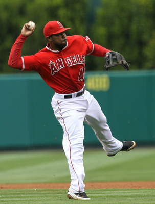 ANAHEIM, CA - APRIL 24:  Second baseman Howie Kendrick #47 of the Los Angeles Angels of Anaheim throws out runner in the game with the Boston Red Sox on April 24, 2011 at Angel Stadium in Anaheim, California.  The Red Sox won 7-0.  (Photo by Stephen Dunn/