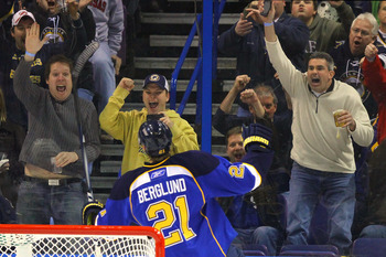 ST. LOUIS, MO - JANUARY 18: St. Louis Blues fans celebrate a goal by Patrik Berglund #21 of the St. Louis Blues against the Los Angeles Kings at the Scottrade Center on January 18, 2011 in St. Louis, Missouri.  (Photo by Dilip Vishwanat/Getty Images)