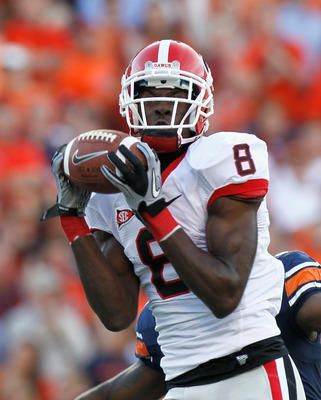 AUBURN, AL - NOVEMBER 13:  A.J. Green #8 of the Georgia Bulldogs against the Auburn Tigers at Jordan-Hare Stadium on November 13, 2010 in Auburn, Alabama.  (Photo by Kevin C. Cox/Getty Images)