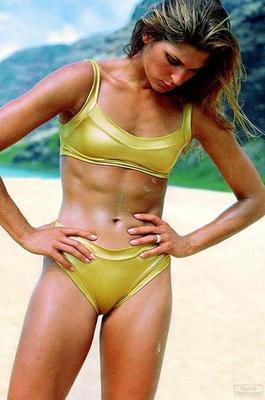 Gabrielle-reece--large-msg-113658885921-2_original_display_image