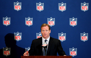 NEW ORLEANS, LA - MARCH 21:  NFL commissioner Roger Goodell addresses the media during the NFL Annual Meetings at the Roosevelt Hotel on March 21, 2011 in New Orleans, Louisiana. Despite a NFL owners imposed lockout in effect since March 12 the league is