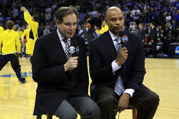 CHARLOTTE, NC - MARCH 20:  Broadcasters Jim Nantz and Clark Kellogg speak during the third round of the 2011 NCAA men's basketball tournament at Time Warner Cable Arena on March 20, 2011 in Charlotte, North Carolina.  (Photo by Streeter Lecka/Getty Images