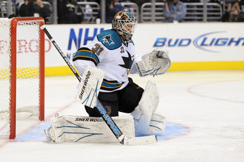 LOS ANGELES, CA - APRIL 25:  Antti Niemi #31 of the San Jose Sharks stands in goal against the Los Angeles Kings in the second period of game six of the Western Conference Quarterfinals during the 2011 NHL Stanley Cup Playoffs at Staples Center on April 2