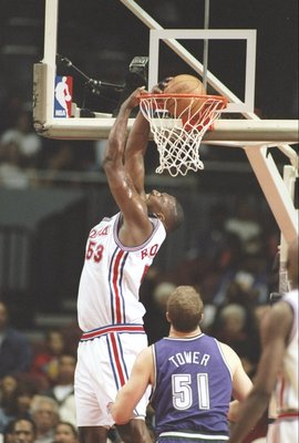 17 Nov 1996:  Center Kevin Duckworth of the Los Angeles Clippers slam dunks the ball during a game against the Milwaukee Bucks at the Los Angeles Sports Arena in Los Angeles, California.  The Clippers won the game 102-94. Mandatory Credit: Brian Bahr  /Al