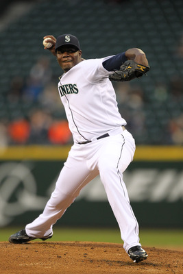 SEATTLE, WA - APRIL 12:  Starting pitcher Michael Pineda #36 of the Seattle Mariners pitches against the Toronto Blue Jays at Safeco Field on April 12, 2011 in Seattle, Washington. (Photo by Otto Greule Jr/Getty Images)