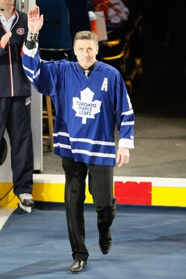 MONTREAL- JANUARY 8:  Former Toronto Maple Leafs player Borje Salming waves to fans during pre-game ceremonies before the game between the Toronto Maple Leafs and the Montreal Canadiens at the Bell Centre on January 08, 2009 in Montreal, Quebec, Canada.