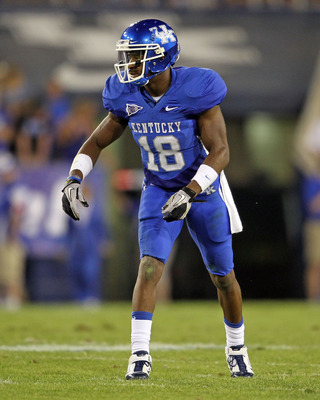 LEXINGTON, KY - SEPTEMBER 18:  Randall Cobb #18 of the Kentucky Wildcats is pictured against the Akron Zips during the game at Commonwealth Stadium on September 18, 2010 in Lexington, Kentucky.  (Photo by Andy Lyons/Getty Images)