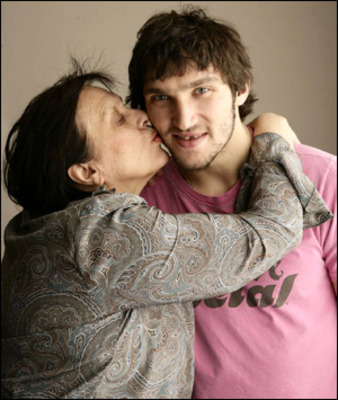 Alex-ovechkin-mother_display_image