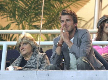 MADRID, SPAIN - JANUARY 14: David Beckham of Real Madrid and his mother Sandra Beckham watch the La Liga match between Real Madrid and Real Zaragoza at the Santiago Bernabeu Stadium on January 14, 2007 in Madrid, Spain.  (Photo by Denis Doyle/Getty Images