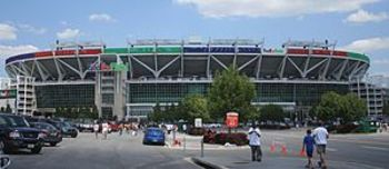 300px-fedexfield_photo_by_flickr_user_dbking_display_image