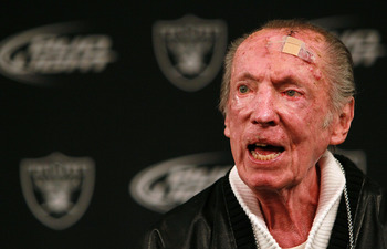 ALAMEDA, CA - JANUARY 18:  Oakland Raiders owner Al Davis speaks to reporters after introducing Hue Jackson as the new head coach of the Oakland Raiders on January 18, 2011 in Alameda, California.  Hue Jackson was introduced as the new coach of the Oaklan
