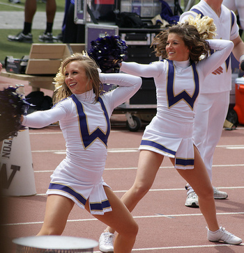 Washington-cheerleaders_display_image