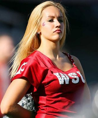 Washington-state-cheerleader_display_image
