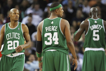 OAKLAND, CA - FEBRUARY 20:  Kevin Garnett #5, Paul Pierce #34 and Ray Allen #20 of the Boston Celtics look on against the Golden State Warriors during an NBA game on February 20, 2008 at Oracle Arena in Oakland, California. NOTE TO USER: User expressly ac
