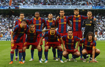 MADRID, SPAIN - APRIL 27:  The Barcelona team line up prior to the UEFA Champions League Semi Final first leg match between Real Madrid and Barcelona at Estadio Santiago Bernabeu on April 27, 2011 in Madrid, Spain.  (Photo by Alex Livesey/Getty Images)