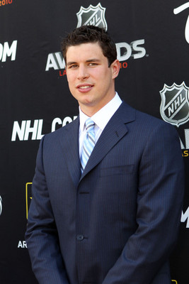 does sydney crosby have a girlfriend