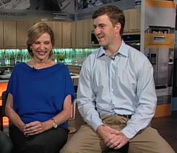 Eli-manning-mother_display_image