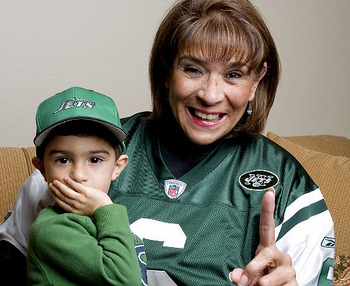 Mark-sanchez-mother_display_image