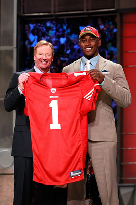 NEW YORK, NY - APRIL 28:  NFL Commissoner Roger Goodell poses for a photo with Aldon Smith, #7 overall pick by the San Francisco 49ers, during the 2011 NFL Draft at Radio City Music Hall on April 28, 2011 in New York City.  (Photo by Chris Trotman/Getty I