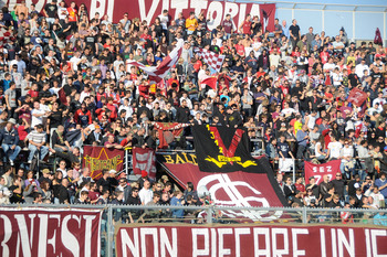 LIVORNO, ITALY - NOVEMBER 01: Supporters of Livorno on the terraces before the start of the Serie A match between Livorno and Inter Milan at Stadio Armando Picchi on November 1, 2009 in Livorno, Italy.  (Photo by Roberto Serra/Getty Images)