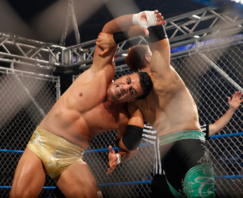 Christian_vs__alberto_del_rio_-_steel_cage_match_1_display_image