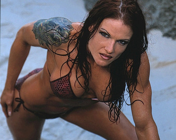 Lita-wwe-diva-2_display_image